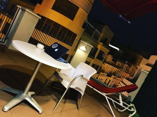 Hotel Sorolla Centro: Terraza de la habitación