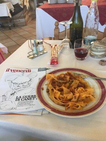Riolunato, Italy: Pappardelle al ragù di cinghiale (una prelibatezza)