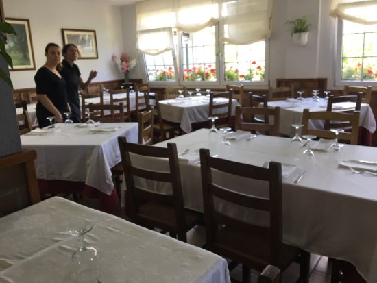 Baquedano, España: 午餐