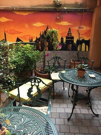 Hotel Carrobbio : Terraza para fumadores