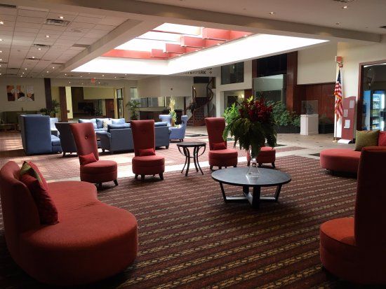 Lobby Wyndham Garden Sterling Heights Tripadvisor