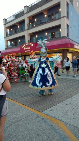 Wildwood Boardwalk: Parade