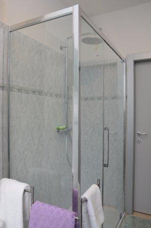 B b arco in centro italien omd men och prisj mf relse - B b barcellona centro bagno privato ...