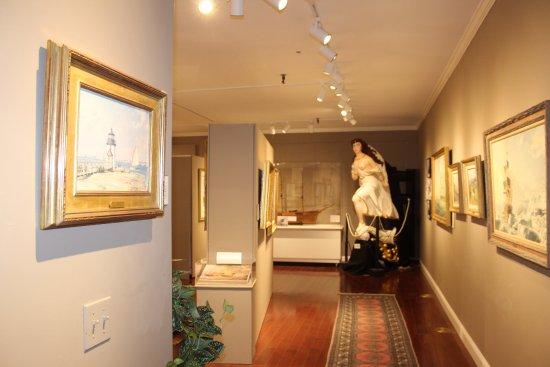 Hyannis Port, ماساتشوستس: The Maritime Fine Arts Gallery is housing $2M of John Stobart's art for the 2017 season.