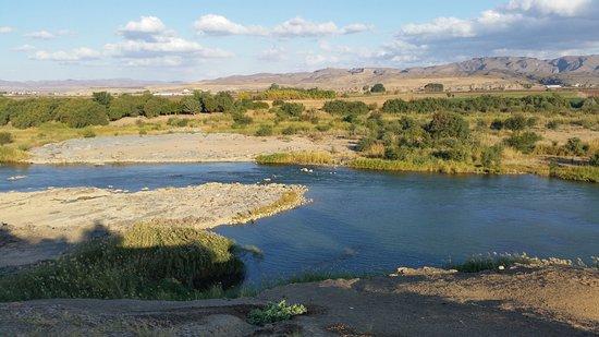 Noordoewer, Namibya: Aussicht auf Oranje River