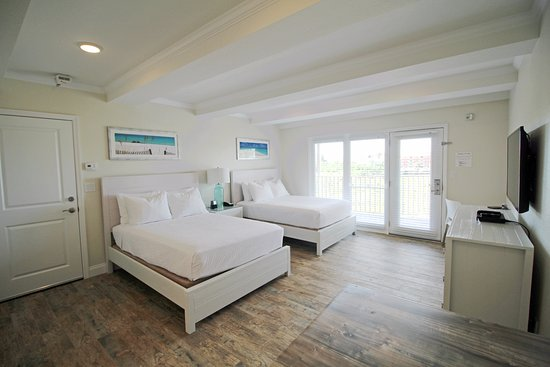 Indian Shores Vacation Resorts Far From The Beach