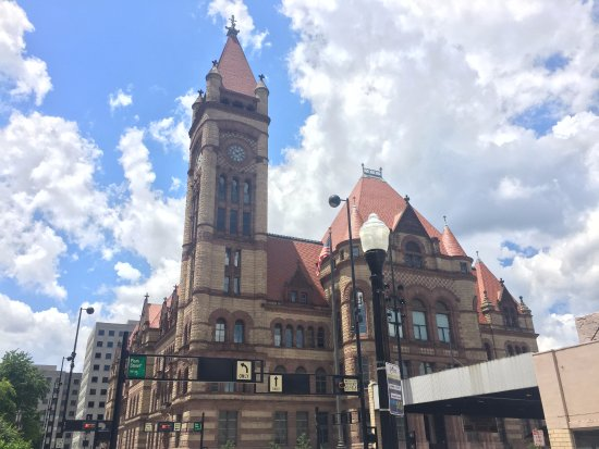 Cincinnati's Best Walking Tours