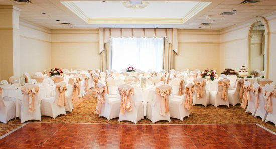 The General Morgan Inn: Ballroom for wedding