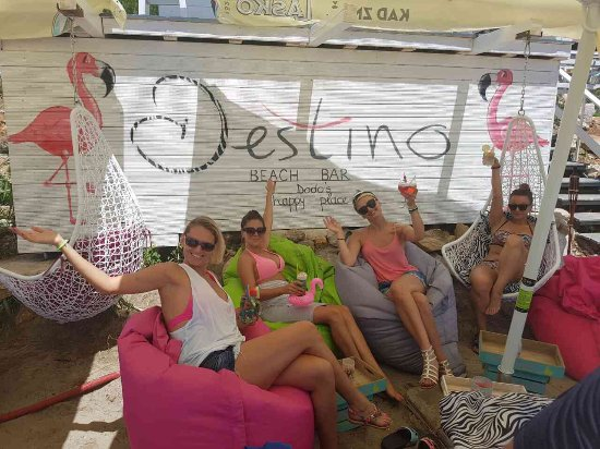 Zambratija, Kroatien: Destino beach bar must... ❤️