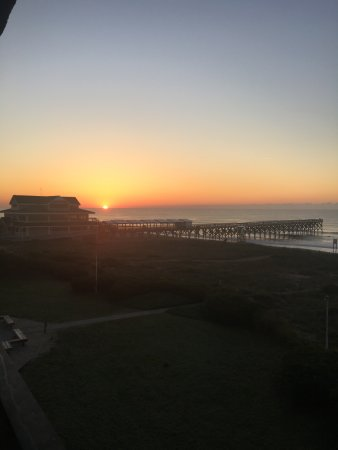 Surf Suites Motel: Sunrise!!