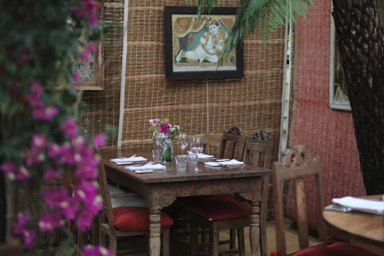 Petersham Nurseries Cafè: A combination of nature, indian style and beauty