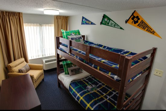Inn at Saint Mary's: Notre Dame Suite