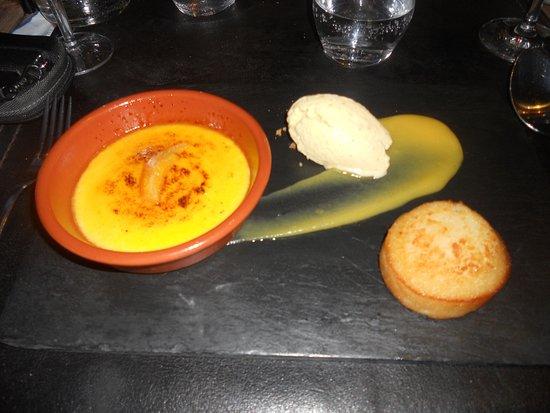 Habay-la-Neuve, Bélgica: Crème brûlée