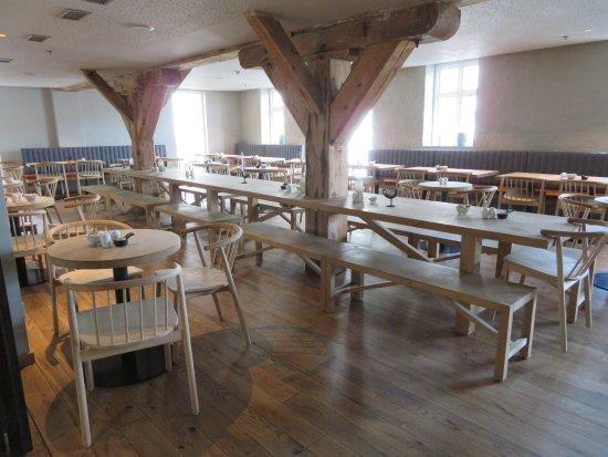 Hotel Brosundet: Dining room