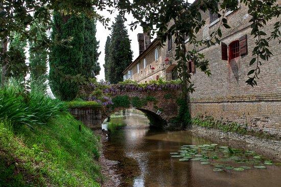Villa Fioravanti Onesti - Wines since 1808