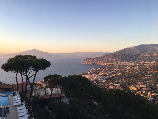 photo0.jpg - Picture of Hotel Residence Le Terrazze, Sorrento ...