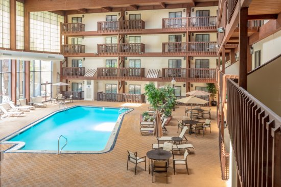 Large Indoor Heated Pool Picture Of Hotel 1620 Plymouth Harbor Plymouth Tripadvisor