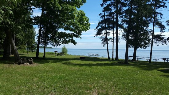 Percy Johnson County Park: lots tables. great view. well worth the drive.