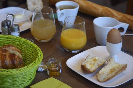 Au Relais de la Maye : Petit déjeuner