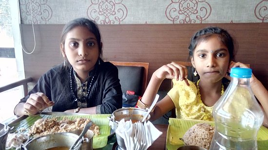 Thalappakatti Naidu Biriyani Hotel: My Kids having Lunch!..