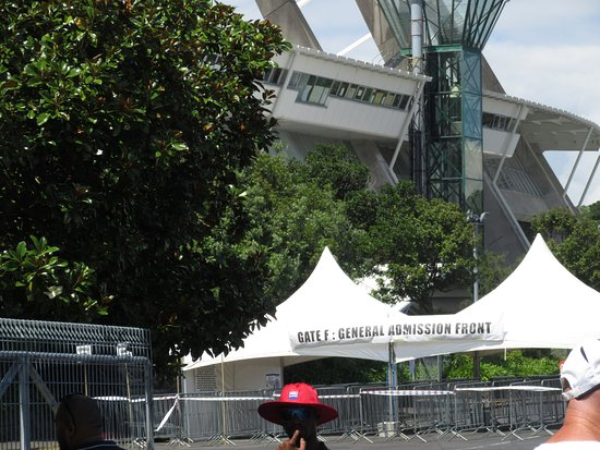 Mt Smart Stadium Auckland New Zealand: Gate F to enter for front standing