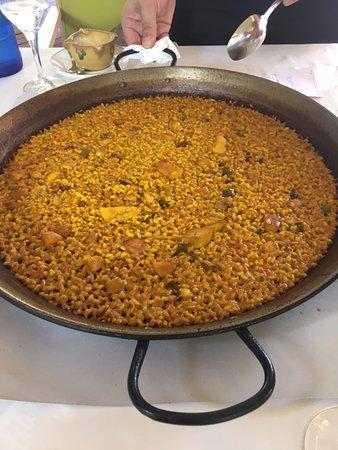 Samm : El arroz del señorito, limpio y en su punto. Con un poco de alioli no tiene competencia.