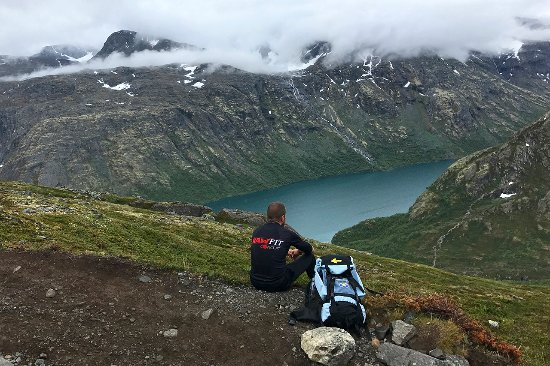 Vagamo, Norway: The view an hour after starting the ascent from Memurubu.