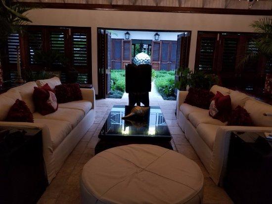 Sandy Bay, Jamaïque : Rose Cottage - Living Room