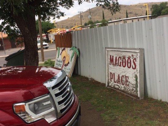 Άλπαϊν, Τέξας: Signs were not very visible when we visited