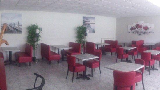 Cascastel-des-Corbieres, France: 2eme salle pour les receptions