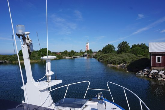 Rauma, Suomi: By boat to the island