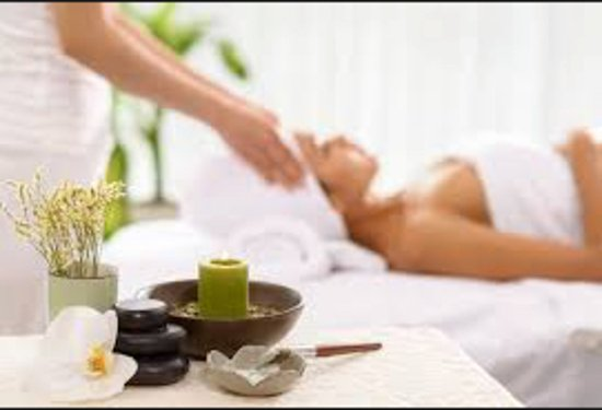 Ojai, Kalifornien: About Serenity Salon and Day Spa