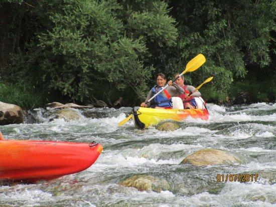 Cessenon-sur-Orb, Francia: En kayak solo ou en double tout le mony trouve son compte