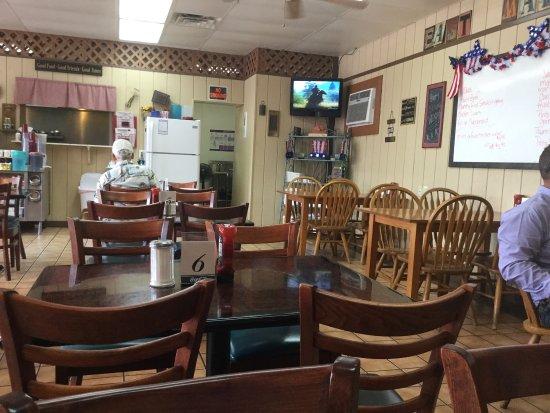 Auburn, เคนตั๊กกี้: East Main Diner