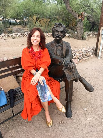 Tubac, AZ: Me & good ole Mark Twain....