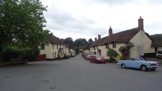 Cullompton, UK: Broadhembury nearby
