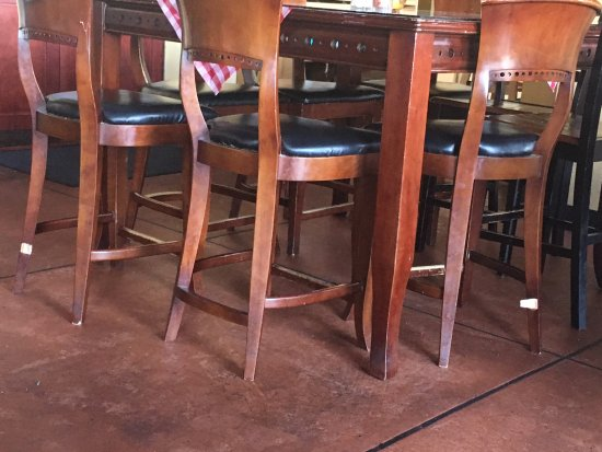 Tubac, AZ: Missing wooden supports on dining room chairs