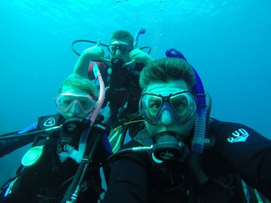 Blue Water Divers Photo