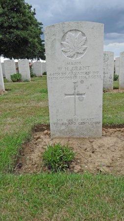 Miraumont, France: Major Grant