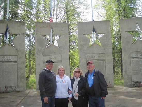Foto de Alaskan War Veterans Memorial