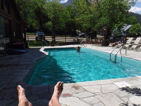 Wiesbaden Hot Springs Spa & Lodgings: 110 degrees in the pool! Killer views!