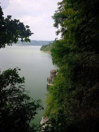 Kamianets-Podilskyi, Ucrania: вид на камень-гриб