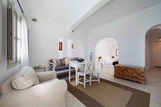 Interior - Picture of Gorgona Villas, Santorini - Tripadvisor