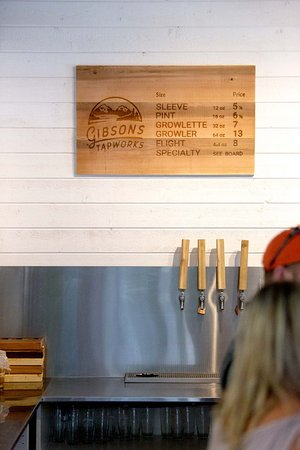 Gibsons, Canada: Pints, sleeves, flights and growlers of fresh, locally produced craft beer!