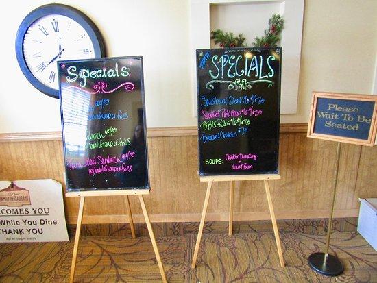 La Crosse Family Restaurant: Specials