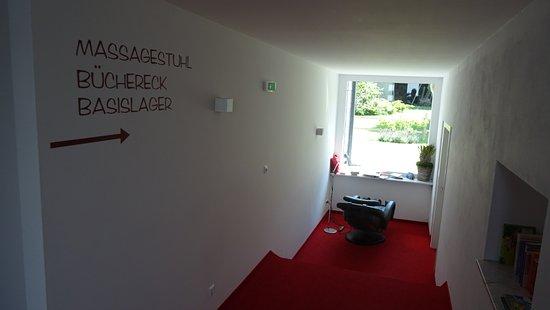 Arnoldstein, Austria: Einen Massagesessel gibt es auch!