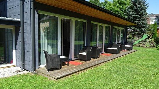 Arnoldstein, Austria: Zimmer mit Terrasse