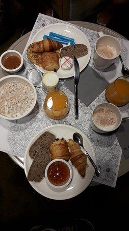 Okko nantes ch teau bewertungen fotos preisvergleich - Petit dejeuner nantes ...