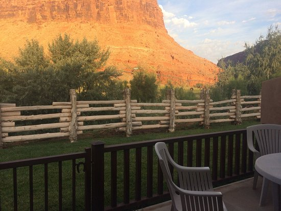 ‪‪Red Cliffs Lodge‬: Views from the cabins. Simply breathtaking!‬