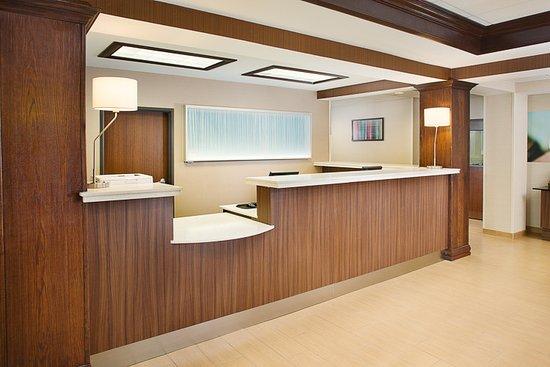 Fairfield Inn Amp Suites Lafayette South La Omd 246 Men Och